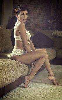 modelka w bieliźnie